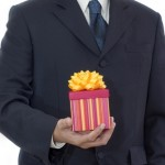 Office Holiday Gift Guide! Work Friendly Tech for Your Boss!